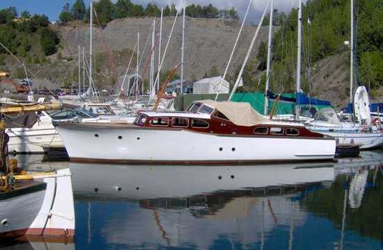 Denne båten erstatter vår elskede donald som forøvrig ligger til