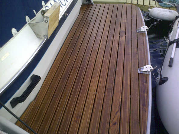 Behandle teak badeplattform