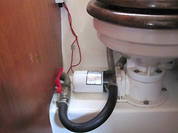 Jabsco toalett montering